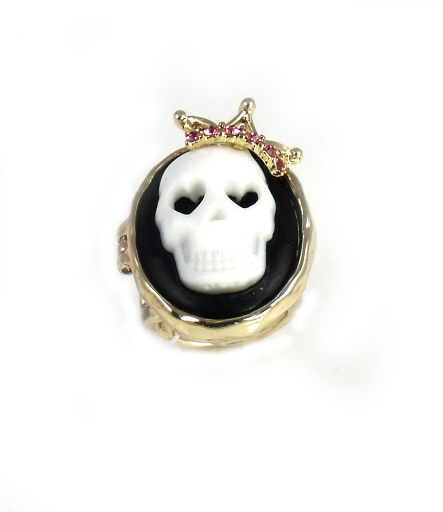 Betsey Johnson Jewelry Halloween Skull Cameo Ring