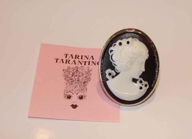 Tarina Tarantino Jewelry Bubble Pop Cameo Ring Black
